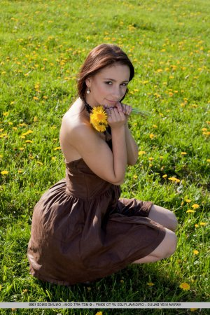 Kazmiera russian escorts in Cleveland Heights, OH